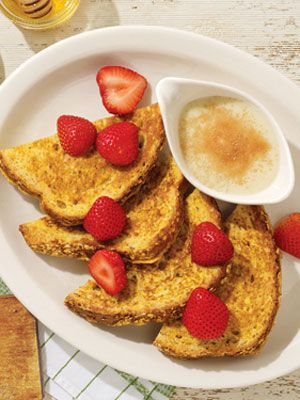 Healthy Food Choices from Cracker Barrel. Opt for the Multi-Grain French Toast. #SelfMagazine