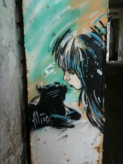 Alice Pasquini, Holywell Lane, London