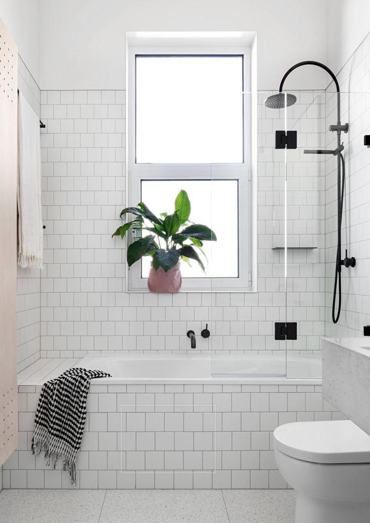 Smaller Tub With Ledge For Items Glass Door With Hinge Door Towel