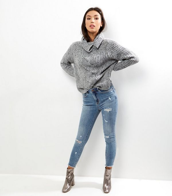 Tall Blue Ripped Skinny Ankle Grazer Jeans | New Look