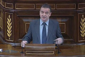 """Alfred Bosch a Rajoy: """"bon vent i barca nova, ens veiem a l'ONU"""" - directe.cat, 25 DE FEBRER DE 2015. El portaveu d'Esquerra Republicana al Congrés, Alfred Bosch, titlla Rajoy de """"faraó de la festa de llum i color"""" ironitzant sobre el discurs del president del govern espanyol, Mariano Rajoy, en el Debat de Política General 2015: """"Ja estem en Falles. Ahir ho va dir Rita Barberà i avui Rajoy s'apunta al carro. Tot es llum, color i festa. S'ha acabat l'atur, els pensionistes estan salvats'."""