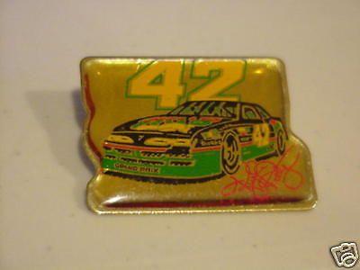 KYLE PETTY #42 MELLO YELLOW DRIVER'S NASCAR HAT PIN #KylePetty