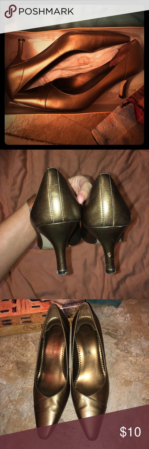 Size 8- bronze Bella vita pumps These were lightly worn and have one small scuff on the back heel. Low but stylish heel Shoes Heels