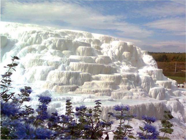 These beautiful snow white structures in Egerszalók, Northern Hungary, are actually composed of salts and minerals from the thermal water there.