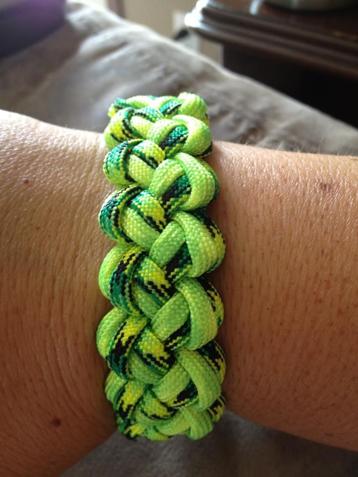 99 best paracord projects images on pinterest paracord for Paracord projects