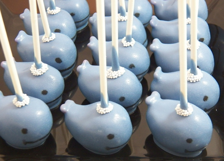 Whale cake pops from   www.chicagocakepops.com
