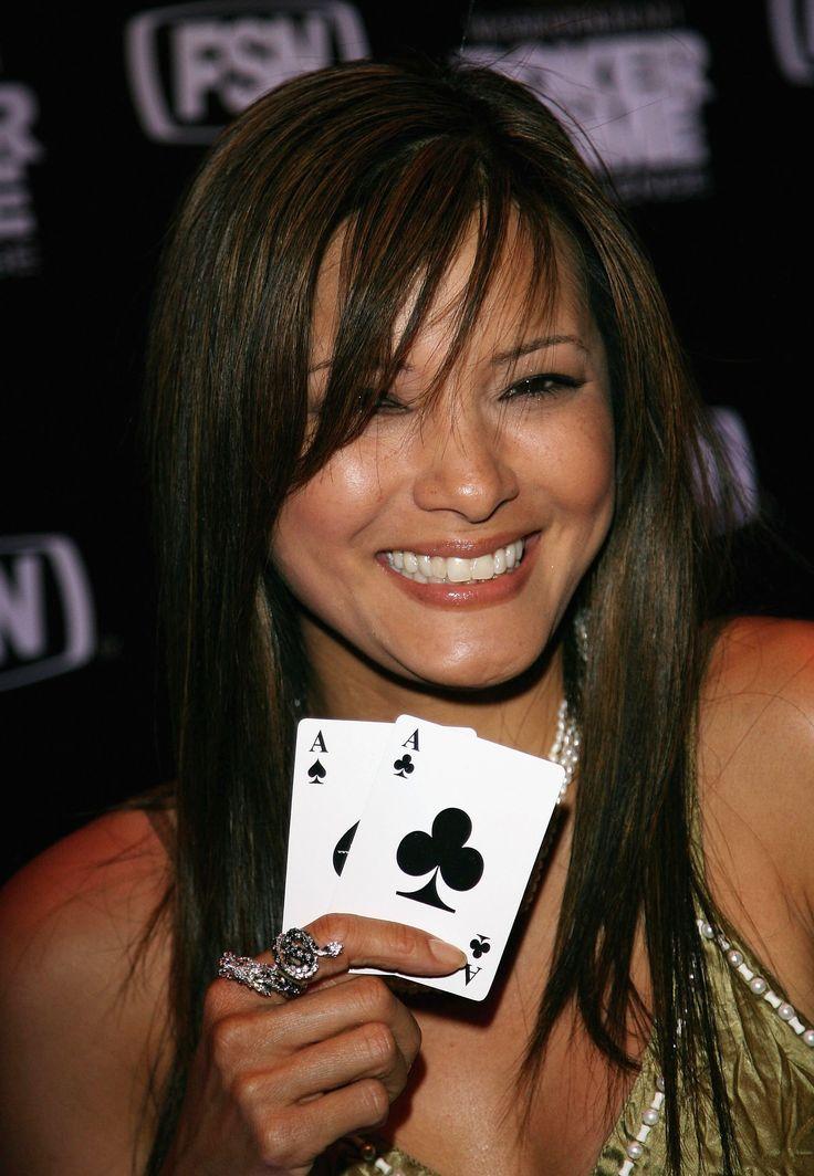 Stud poker games