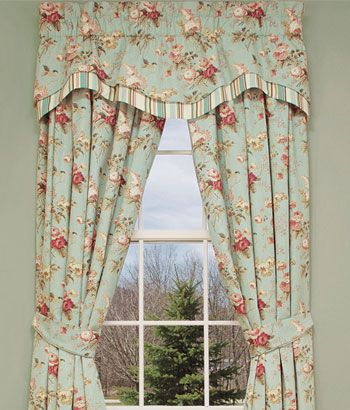 Lauras Garden Layered Scalloped Floral Stripe Valance