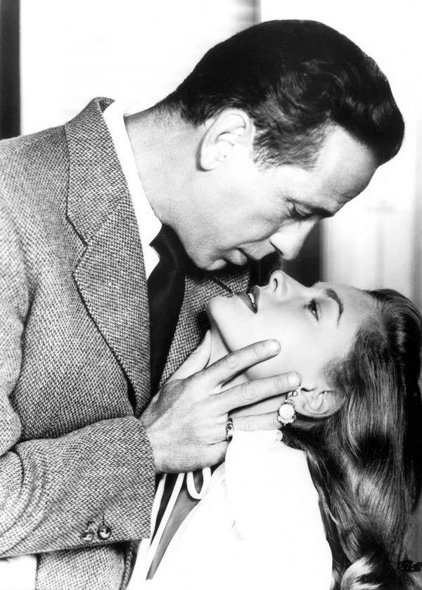 Humphrey Bogart and Lauren Bacall in a publicity photo for Dark Passage  (Delmer Daves, 1947)