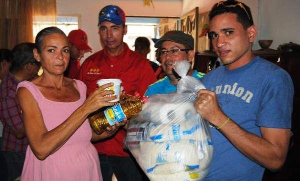 Recibieron sus bolsas de comida en Carlos Soublette
