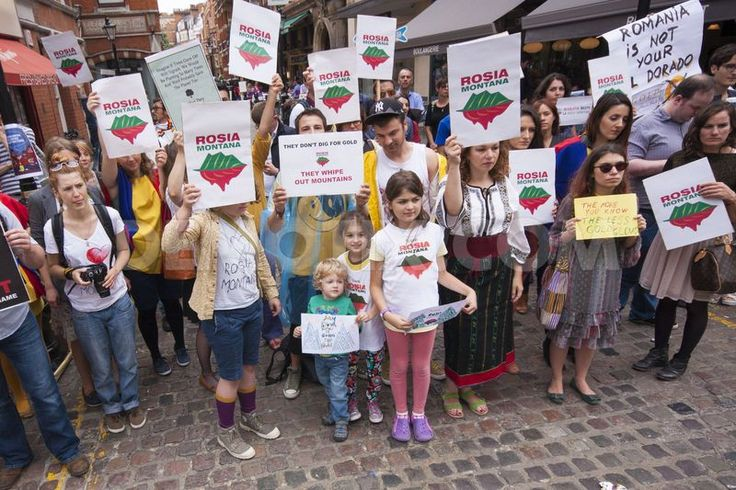 Romanians and environmentalists protested in Kensington near the Romanian embassy against plans to mine gold using the Cyanide leaching process in Rosia Montana in Transylvania, risking environmental calamity in the Danube catchment area.
