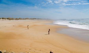 Europe's hidden coasts: Costa de Prata, Portugal | Via The Guardian Travel | 18/05/2017 Central Portugal's pristine beaches are pounded by the Atlantic and dotted with simple restaurants, but barely touched by tourists, making them havens for those who crave space – and great seafood. #Portugal