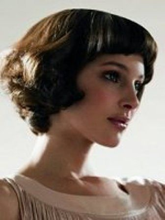 adorable retro bob with bangs