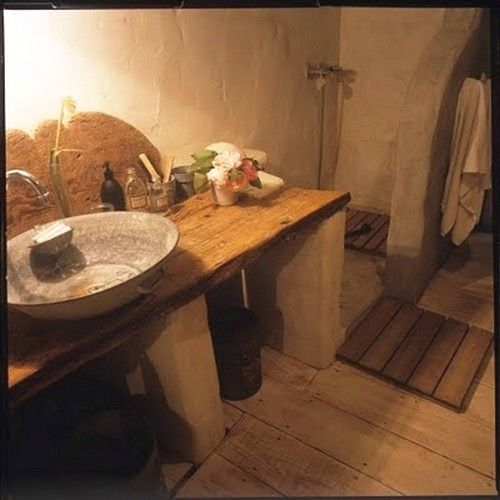 Fauna decorativa: Baños más que rústicos / Bathrooms more than rustic