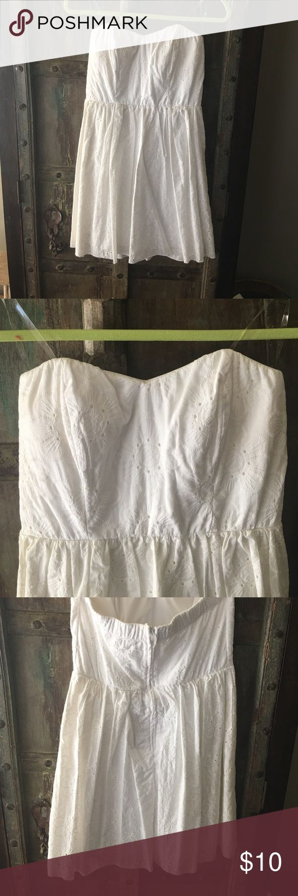 Eyelet dress Short, tube top, eyelet summer dress. Worn once. Speechless Dresses Mini
