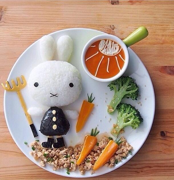 独りで食事をする娘のために作った「フードアート」が世界からかわいいと絶賛♡