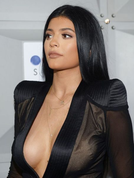Famous People Snapchat - Kylie Jenner