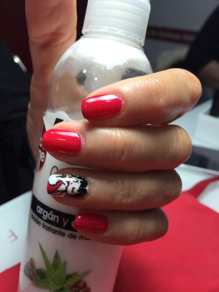 Nails art betty boop Rojas