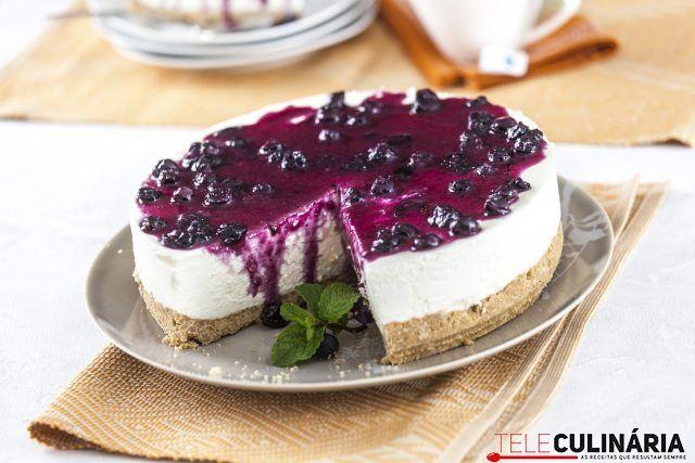 Cheesecake com mirtilos, adoramos esta receita :)