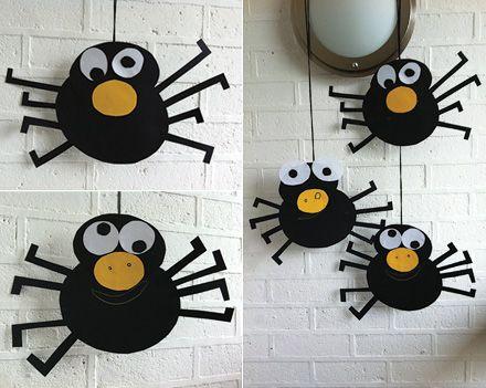 Paper Craft Halloween spiders