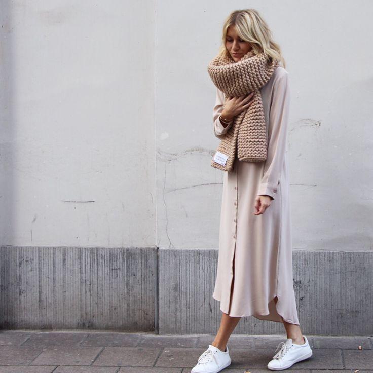 Inspiración nórdica para looks relajados - ¿Quién viste qué? Fashion & Lifestyle…