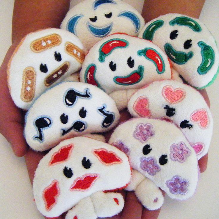 Meet the mi mu ru family — missikissi, blossom, singaling, sweetcheeks, ouchi booboo, zzzzizi, chi chi and cha cha!