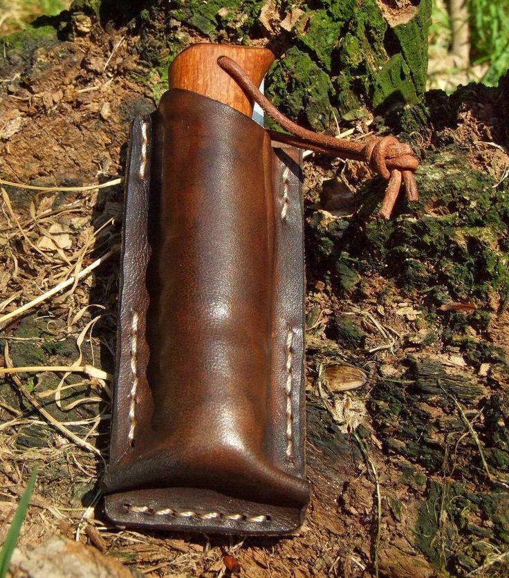 """Polubienia: 14, komentarze: 2 – Fabryka Rzeczy Fajnych (@frf.com.pl) na Instagramie: """"Handmade leather knife sheath from #FRF #fabrykarzeczyfajnych #leather #leatherwork #sheath…"""""""