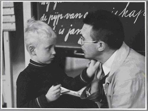 1920 Speciaal onderwijs voor moeilijke kinderen Van buitengewone scholen naar passend onderwijs