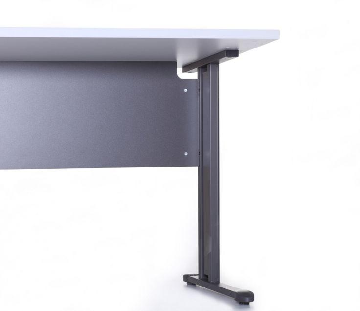 Stoly rovné nebo tvarové - výška stolu 750 mm
