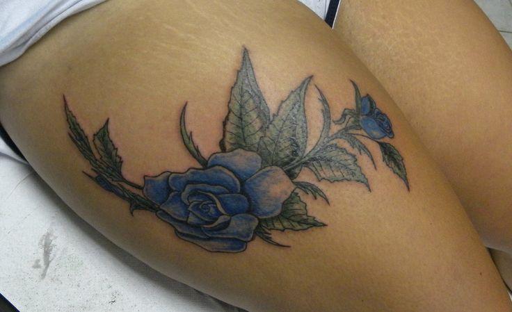 #rosa#tatuaggio#coscia