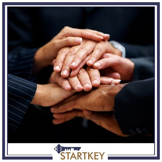 Adil gelir dağılımından online seminerlere, dijital pazarlamadan iş yönetimi danışmanlığına kadar aradığınız her destek Startkey'de. Bu imkanlar kendi işini kurmak isteyen girişimcileri bekliyor. http://startkeyfranchise.com