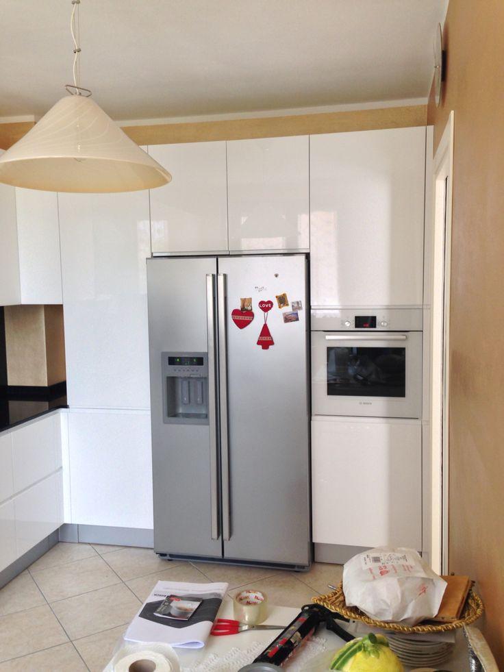 Oltre 25 fantastiche idee su Cucina bianca lucida su Pinterest  Progettazione di una cucina ...