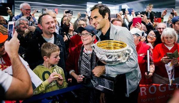 Roger Federer hat die Australian Open gewonnen und sich nun mit seinem Titel in Rotterdam die Nummer Eins gegriffen! Tennisnet zeigt jene Herren, die bislang am längsten an der Spitze der ATP-Weltrangliste standen (Stand: 19. Februar 2018).
