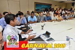SALVADOR / ACM Neto anuncia incentivos fiscais para blocos de Carnaval - .