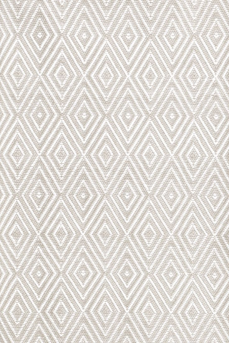 Dash and Albert Rugs Diamond Platinum/White Indoor/Outdoor Area Rug & Reviews | Wayfair