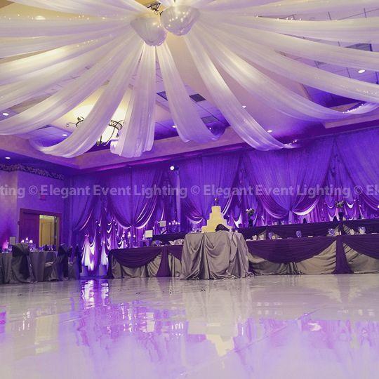 how to arrange wedding tent and dance floor