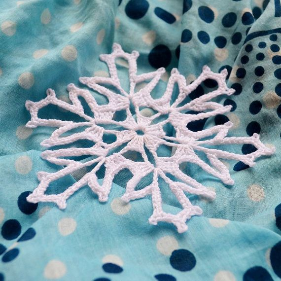Check out this item in my Etsy shop https://www.etsy.com/ru/listing/249787701/taiga-snowflake-crochet-pattern-pdf