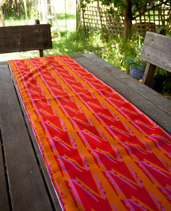 Table Runner Orange Party Pegs Design by olioko