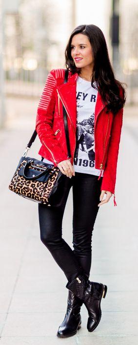 Cazadora roja + Bolso leopardo Crimenes de la Moda - red biker jacket Mango - leopard bag Karen Meillen - animal  print