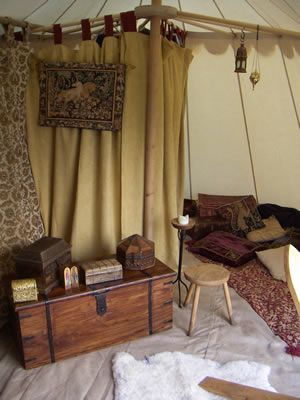 Best 25 viking tent ideas on pinterest viking house for Medieval living room furniture