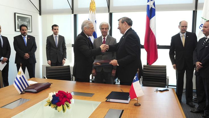 Uruguay y Chile firmaron un Tratado de Libre Comercio - Teledoce.com