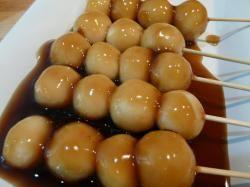 mitarashi dan-go みたらしーーお豆腐だから次の日も固くならなくて良かった