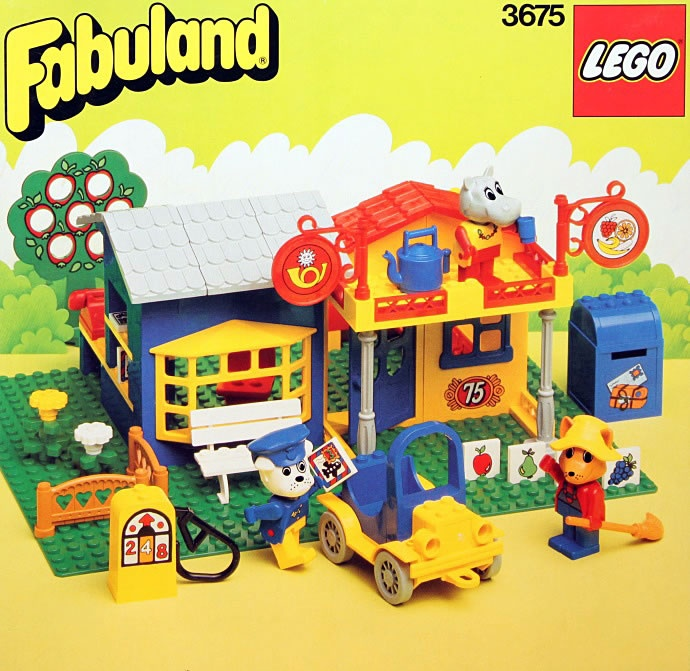 Fabuland Lego-Wow!  I'd love to own these my sisters and I spent hours playing with these, making towns and using our imagination!-Erika