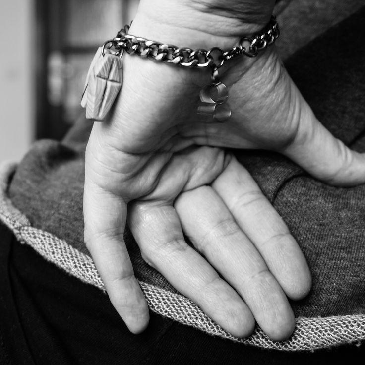 woodenknag bracelet - two coffins