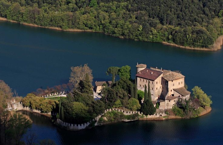 Castel Toblino, Trentino