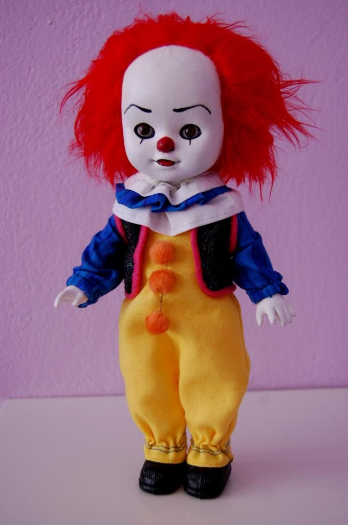 Pennywise the dancing clown! with tuto, lot of pics! - Amazing workmanship! You gotta check this out!