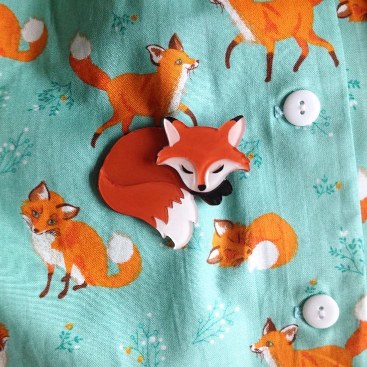 "Tangerine Menagerie on Instagram: ""A perfect marriage of brooch and skirt... My sleepy fox and the foxy Getaway skirt from @heartofhaute! """