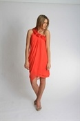Just my colour! Loving this Oceans Apart Dress - Coral