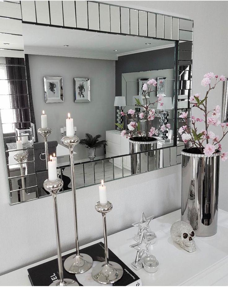 25 beste idee n over kristal decoratie op pinterest bruiloft stoel bogen stoel bogen en - Decoratie vrouw slaapkamer ...