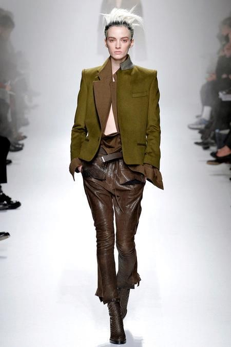 Daria Strokous. Fall Winter 2013 - 2014. HAIDER ACKERMANN. #DariaStrokous #fashion #haiderackermann See more: http://www.facebook.com/pages/Russian-Dating/539187666095750